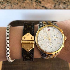Authentic Louis Vuitton cuff bracelet ✨👌🏻🍂